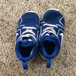 💛 Baby Nike's